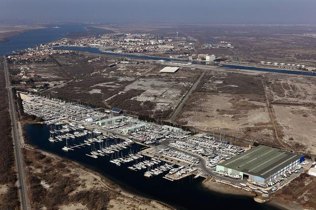 Port port napol on toutes les informations sur le port - Meteo marine port camargue saint raphael ...