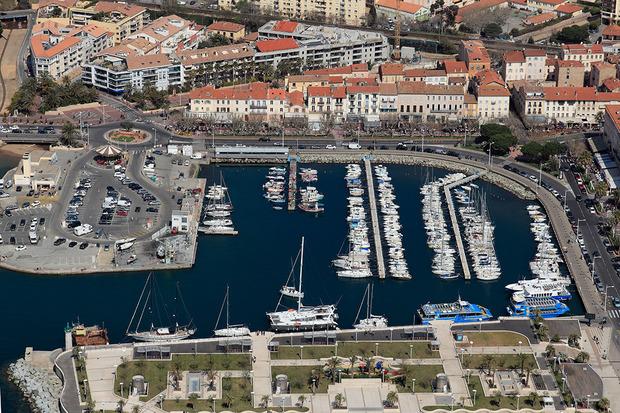 Port saint raphal vieux port toutes les informations - Meteo marine port camargue saint raphael ...