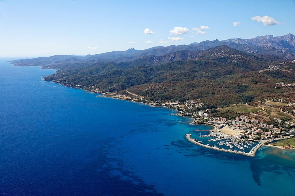 Port solenzara toutes les informations sur le port - Meteo marine de cerbere a port camargue ...