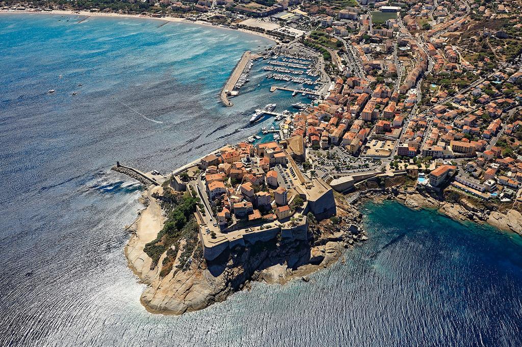 Port calvi toutes les informations sur le port - Meteo consult port camargue ...