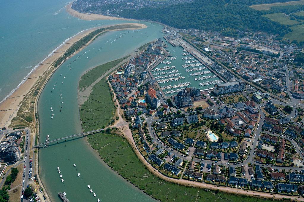 Port dives cabourg houlgate toutes les informations sur le port - Office de tourisme dives sur mer ...