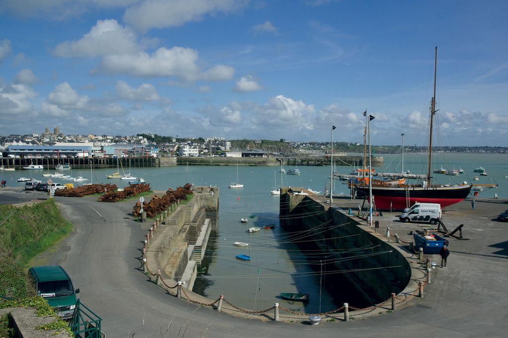 Port h rel granville toutes les informations sur le port - Meteo marine de cerbere a port camargue ...