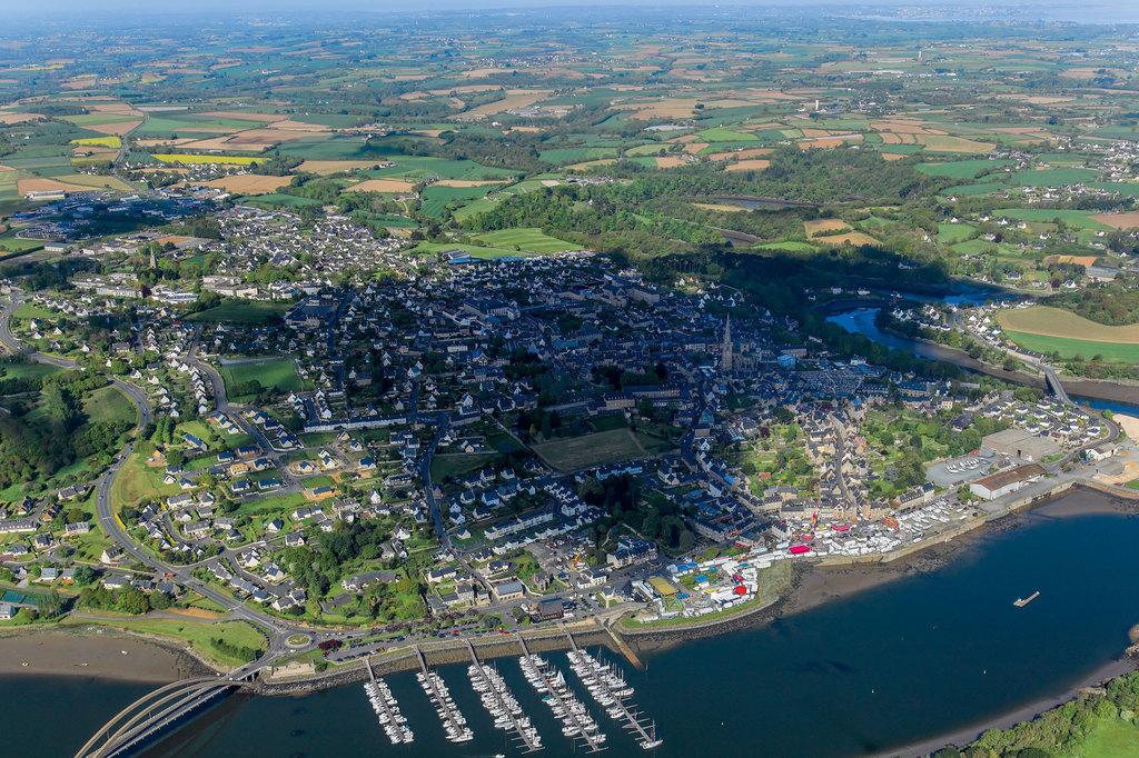Port tr guier toutes les informations sur le port - Meteo consult port camargue ...
