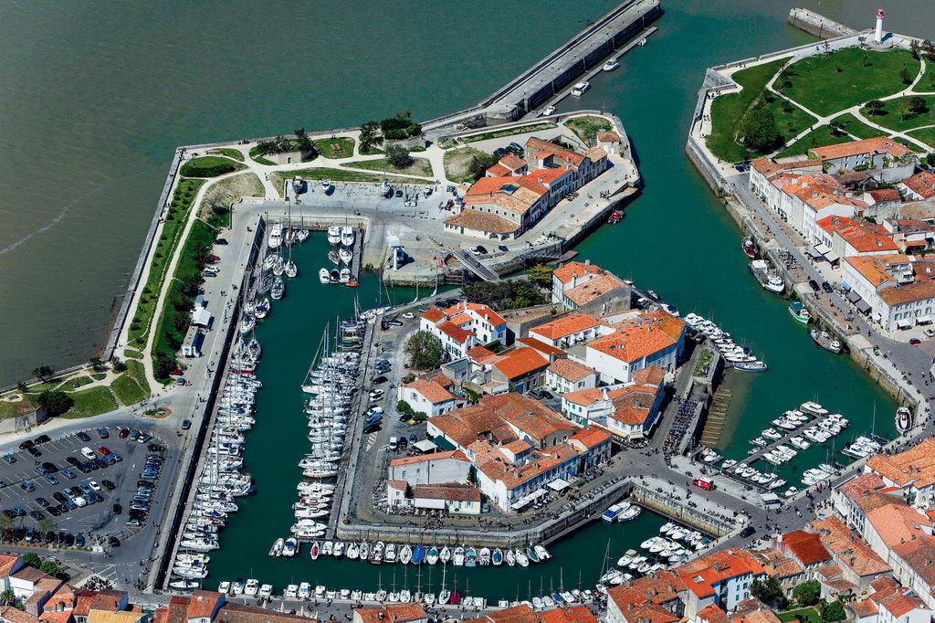 Port saint martin de r toutes les informations sur le port - Meteo marine port camargue saint raphael ...
