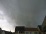 Averse de gr�le avec un bon orage avant en Alsace.