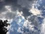 Nuages apr�s 4 semaines de ciel bleu