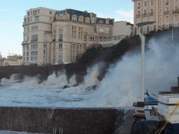 Reporters - Biarritz 64200 - Mer