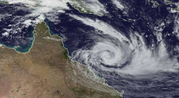 Des milliers de personnes évacuées à l'approche d'un puissant cyclone — Australie