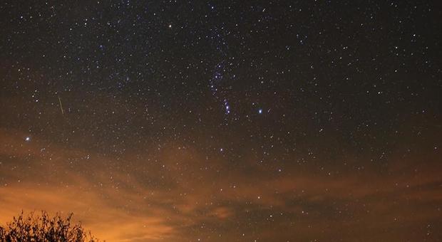 Des pluies d'étoiles filantes ce week-end — Ouvrez les yeux