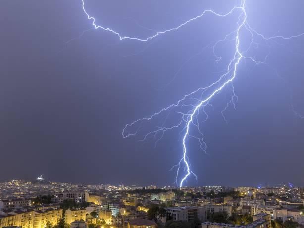 Reporters - Marseille 13000 - Orage