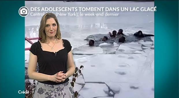 Vidéo Des adolescents tombent dans un lac gelé à New York