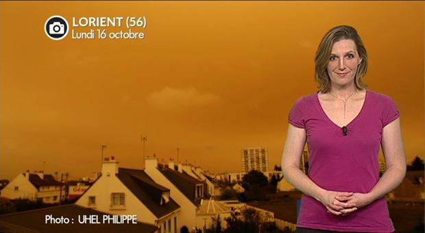 Vidéo Incroyable ciel orange en Bretagne et Normandie aujourd'hui